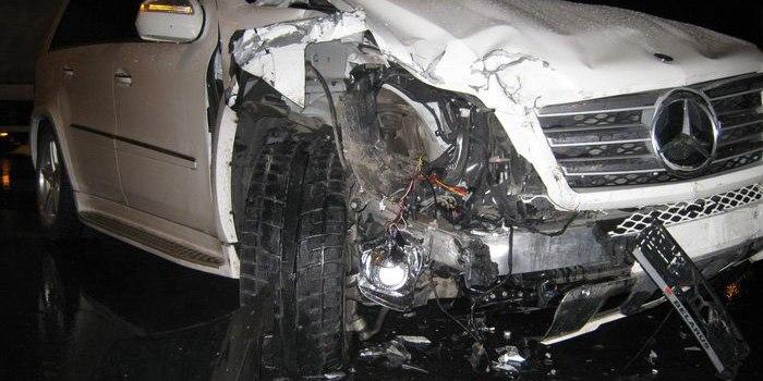 Полицейский устроил ДТП на трассе Караганда-Астана: погиб его коллега