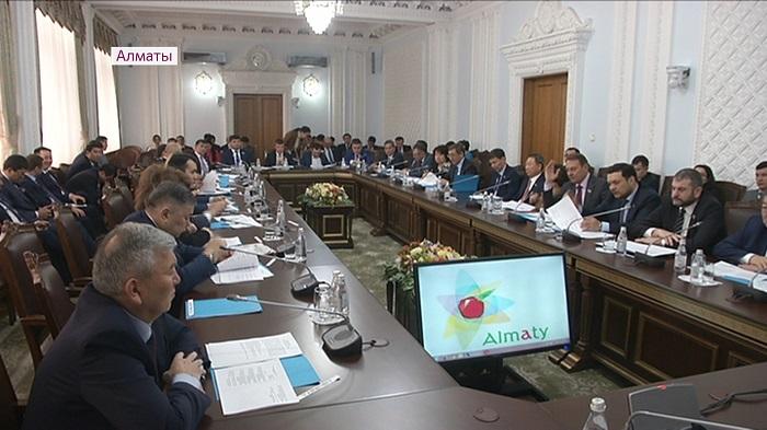 Более 23 млрд бюджетных денег перераспределили в Алматы