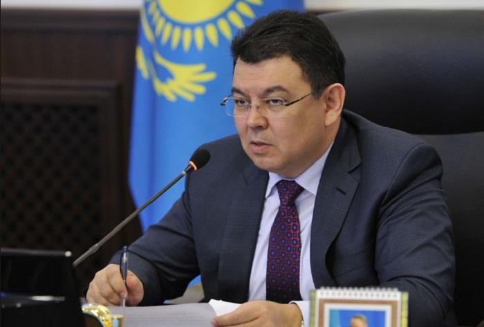 Канат Бозумбаев сохранил пост министра энергетики