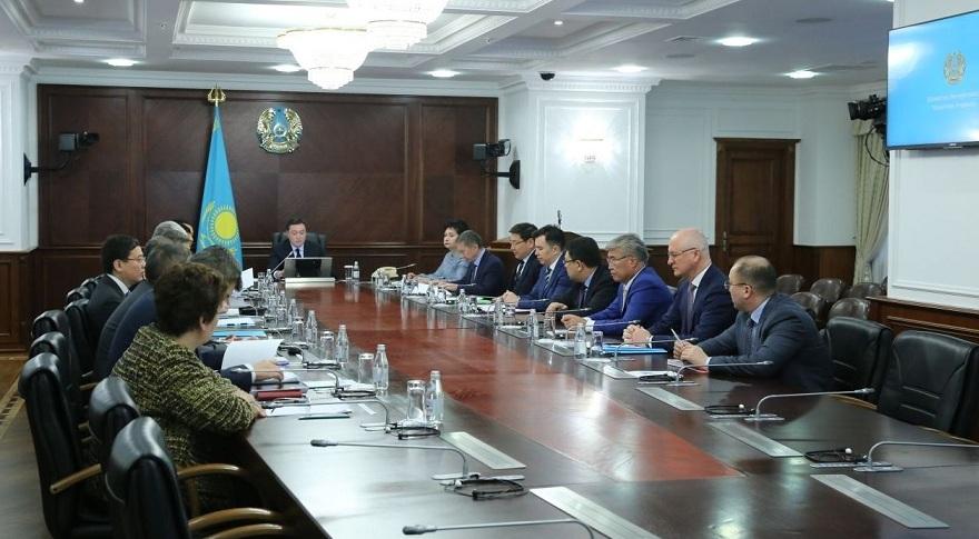 Члены нового правительства Казахстана принесли присягу