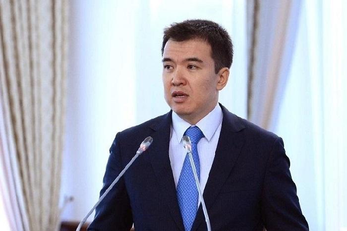 Каждую жалобу по тарифам на комуслуги пообещал рассмотреть министр нацэкономики