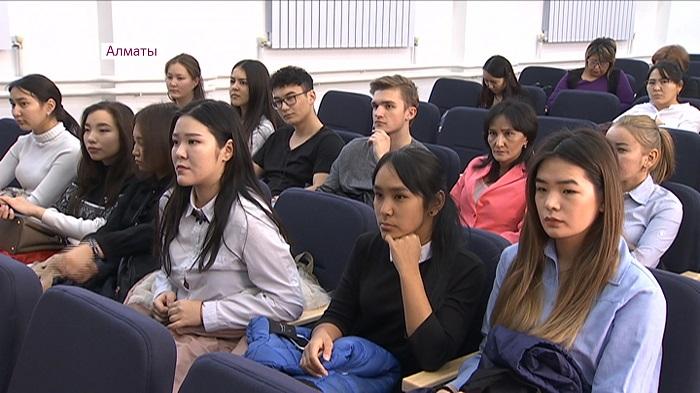 Социальные проекты молодых казахстанцев поддержит МОН и Всемирный банк