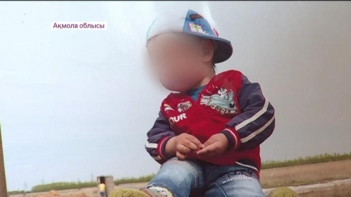Спасти ребенка: родители больного раком 4-летнего мальчика обратились к казахстанцам