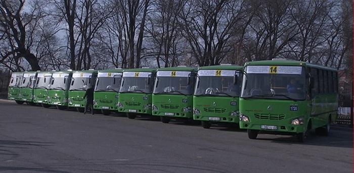 50 новых автобусов начнут курсировать между пригородом и Алматы