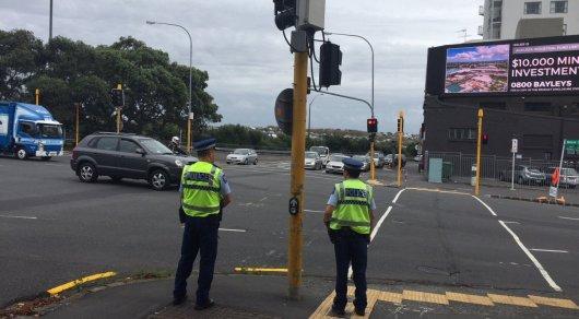 Более 40 человек погибло при нападении на мечети в Новой Зеландии