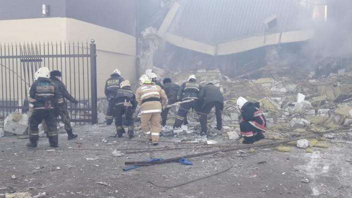 Здание обрушилось из-за взрыва газбаллона в Астане