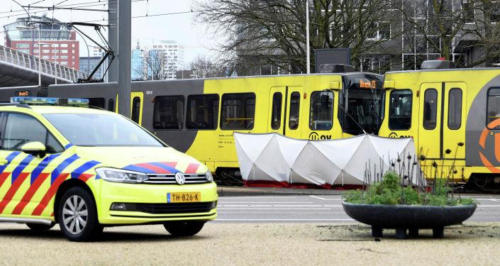 Теракт в Нидерландах: неизвестный устроил стрельбу в трамвае