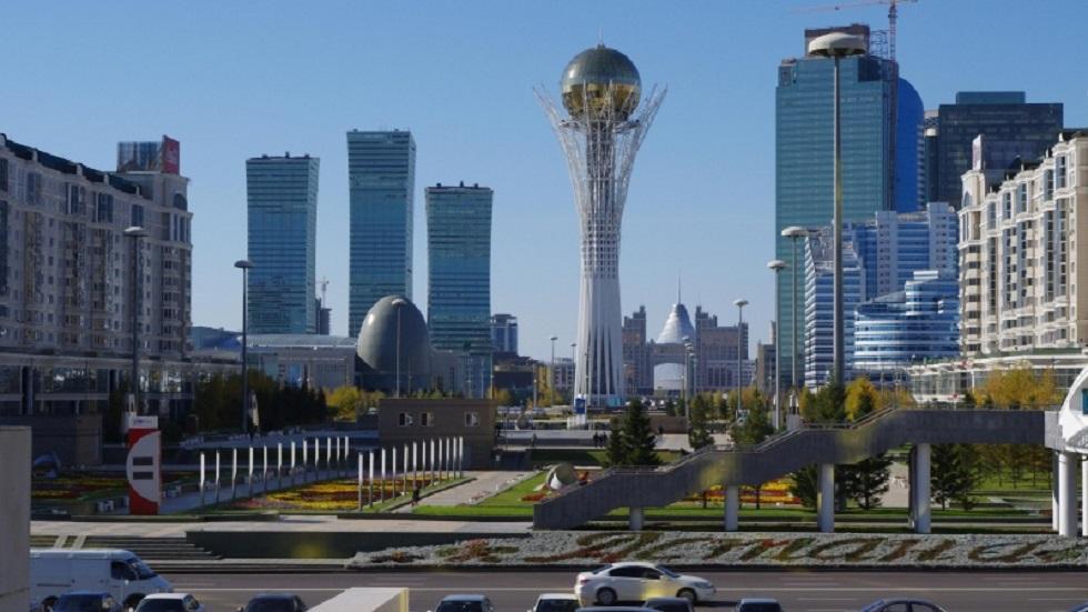 Переименовать Астану в Нурсултан предложил Токаев