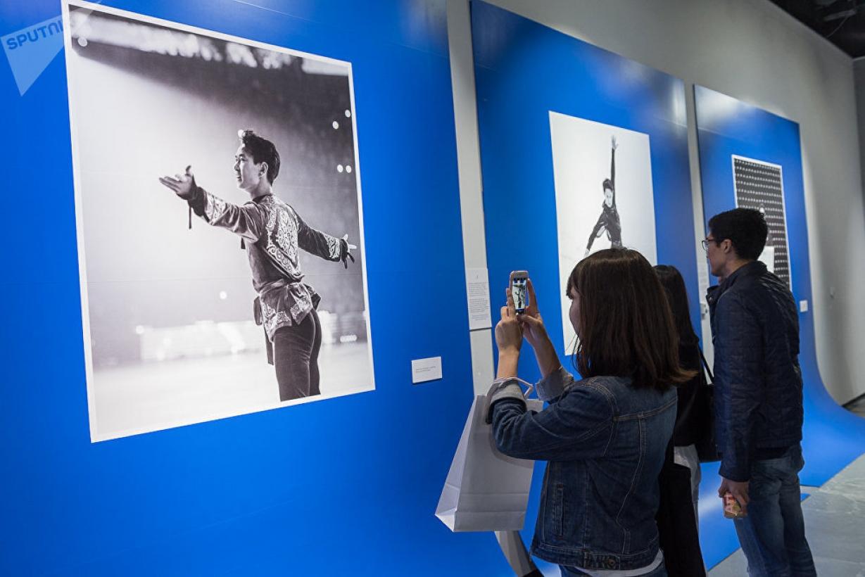 В Японии прошла фотовыставка памяти Дениса Тена
