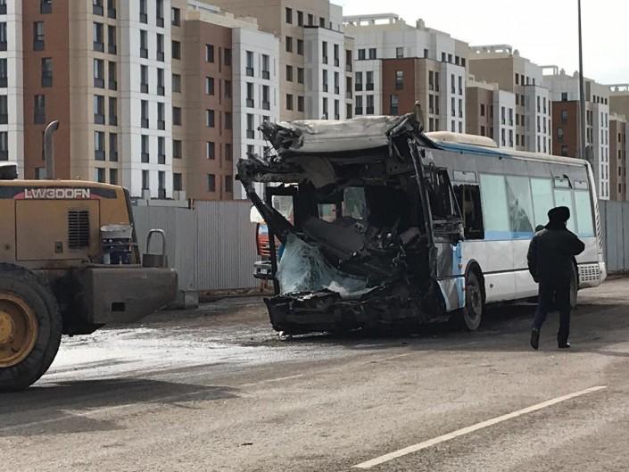 Столкновение трех автобусов: погибшая была матерью-одиночкой