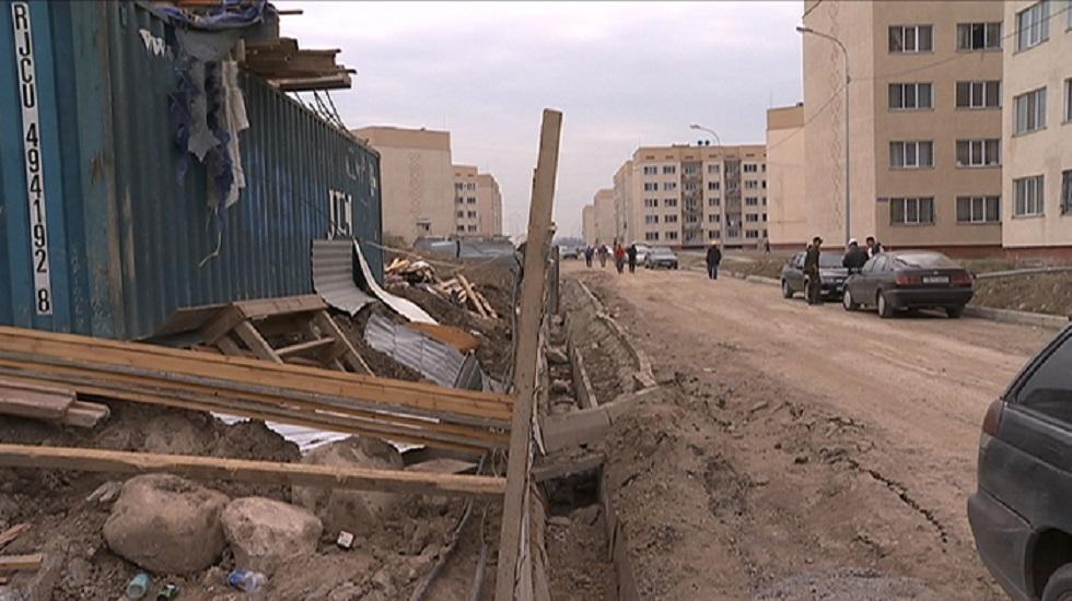 На стройплощадках Алматы нарушаются правила безопасности и благоустройства