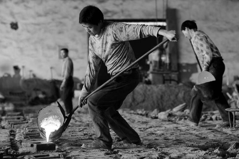 Семь трудовых мигрантов-казахстанцев скончались в Южной Корее за полгода