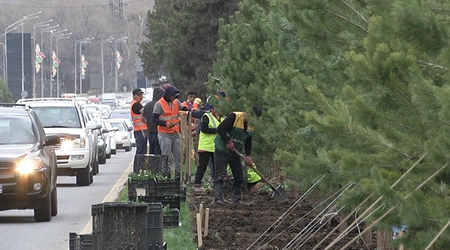 Проспект аль-Фараби в Алматы меняет фасад
