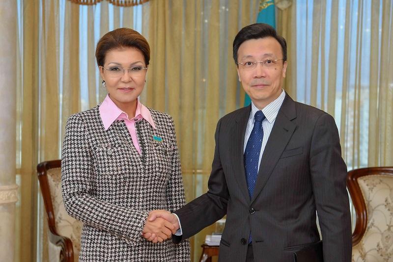 Дарига Назарбаева встретилась с послом КНР