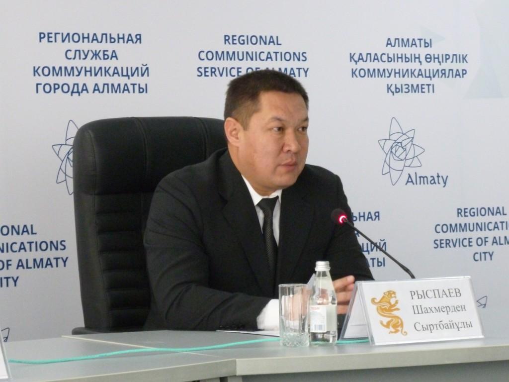 Вопросы акиму Алатауского района продолжает принимать телеканал «Алматы»
