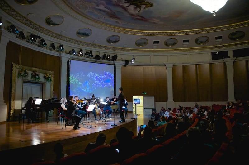 Концерт и показ кино организовали для детей с аутизмом в Нур-Султане и Алматы