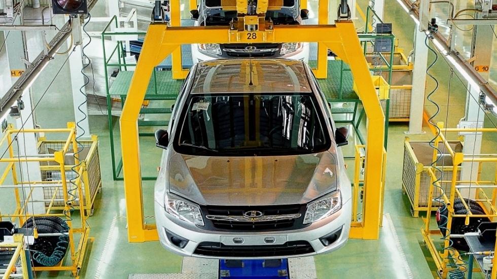 Бум продаж новых авто наблюдается в Казахстане