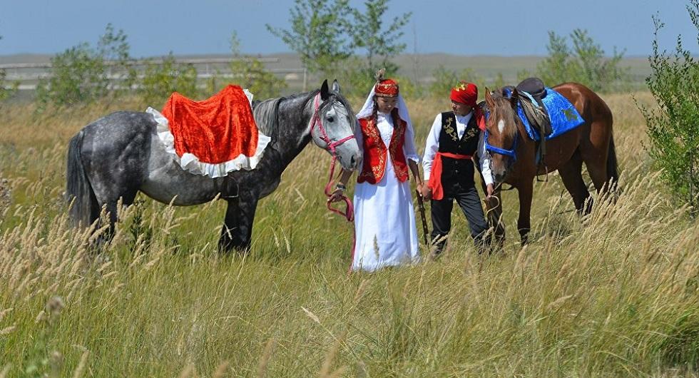 День влюбленных в Казахстане: история праздника