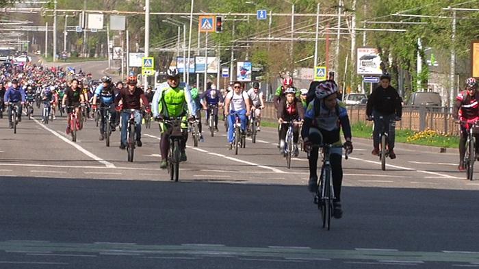 Алматыда 2 мыңнан астам адамның қатысуымен велошеру өтті