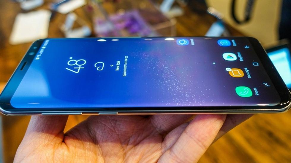 В магазинах ввели запрет на возврат и обмен новых  мобильных телефонов в течение 14 дней