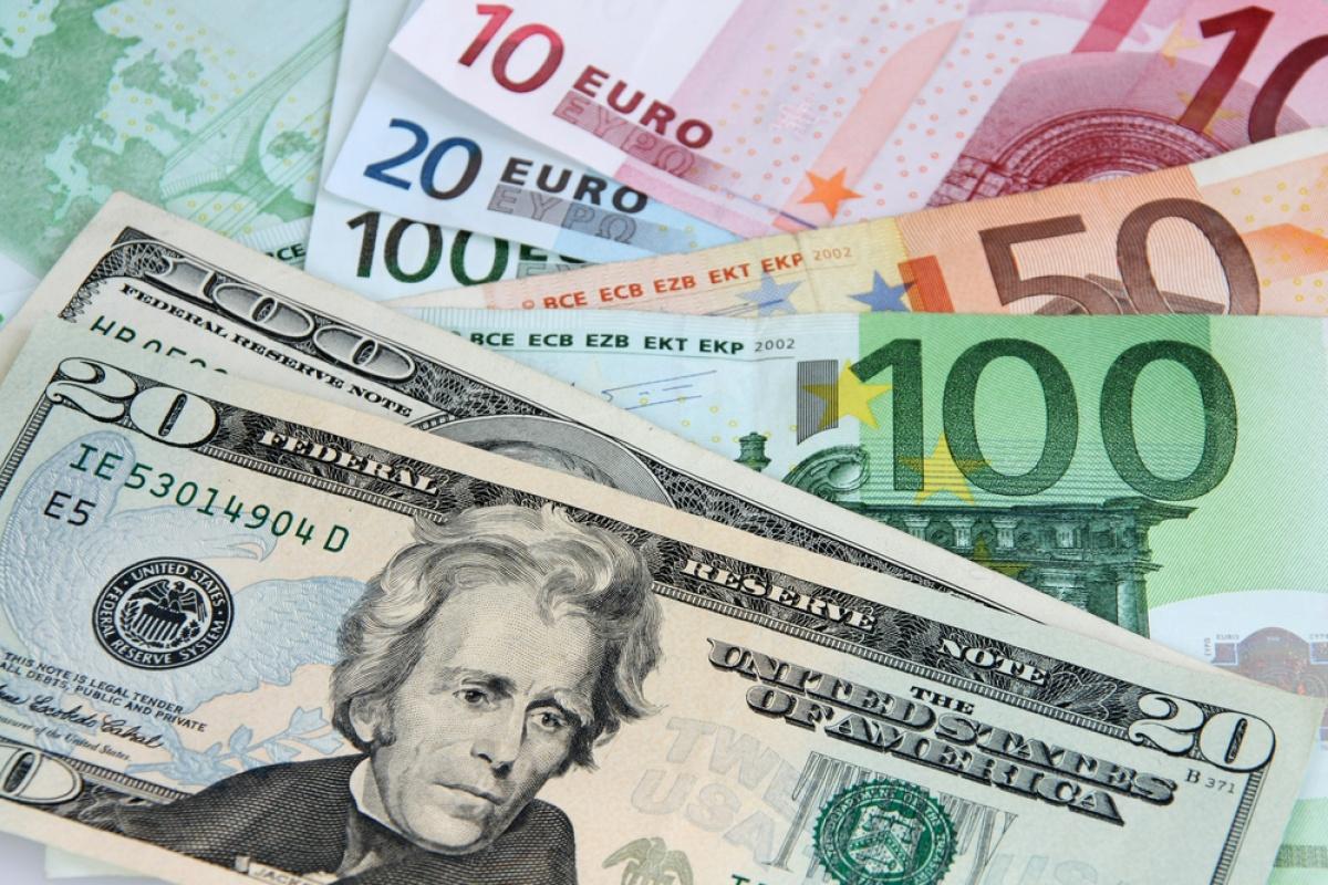 Курс валют на 24 апреля