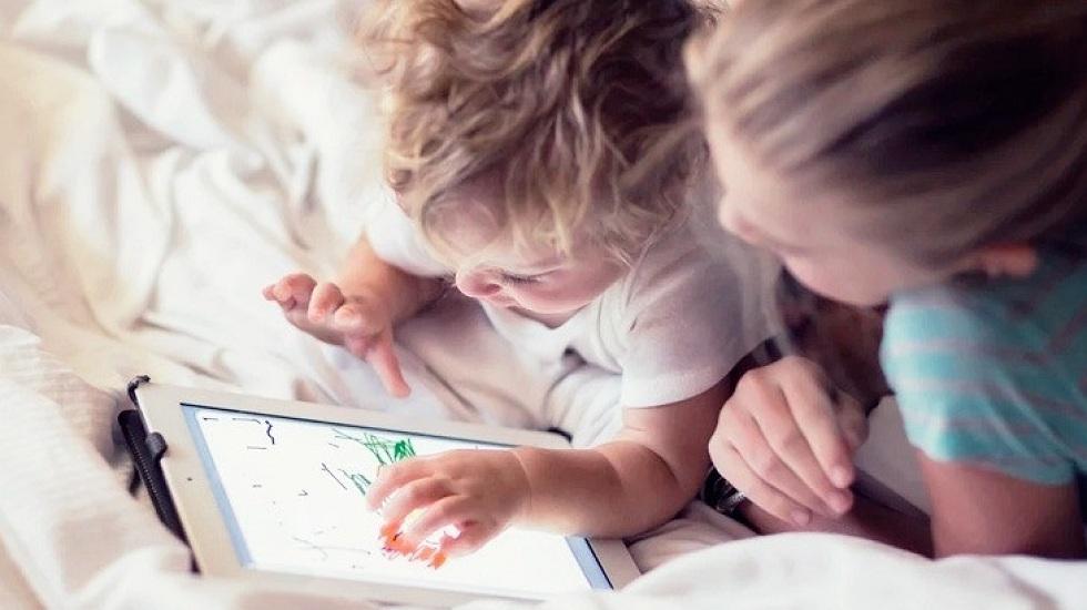 ВОЗ предупреждает: гаджеты опасны для здоровья детей