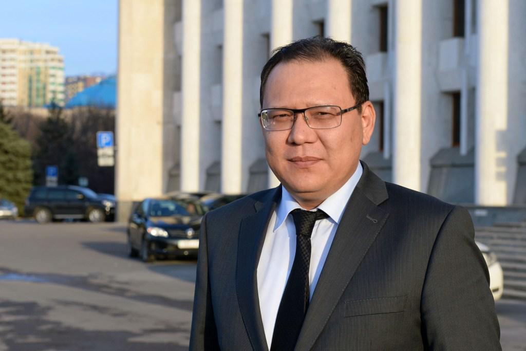 Жители Бостандыкского района могут обратиться к акиму Алтаю Рахимбетову