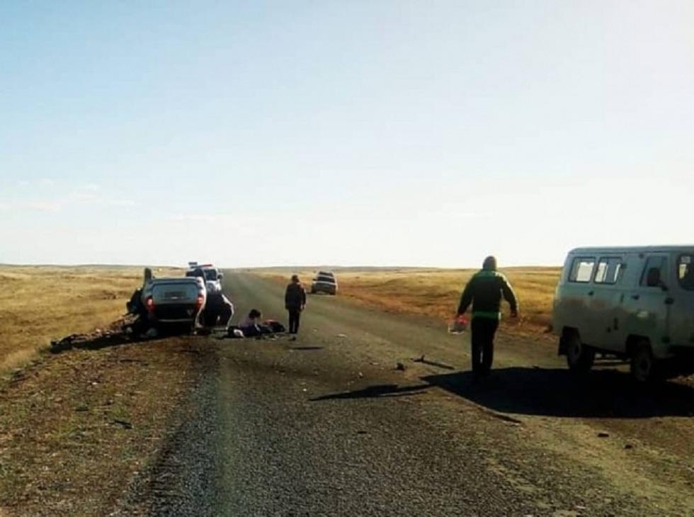 6 человек погибли в ДТП на трассе в Восточном Казахстане