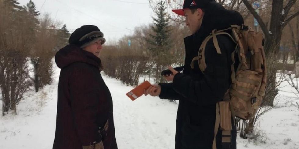 Деньги в шоколаде раздавал пенсионерам житель Карагандинской области