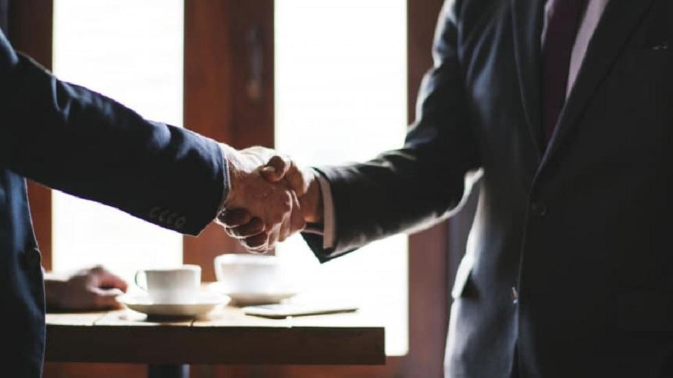 В Казахстане объединятся три банка