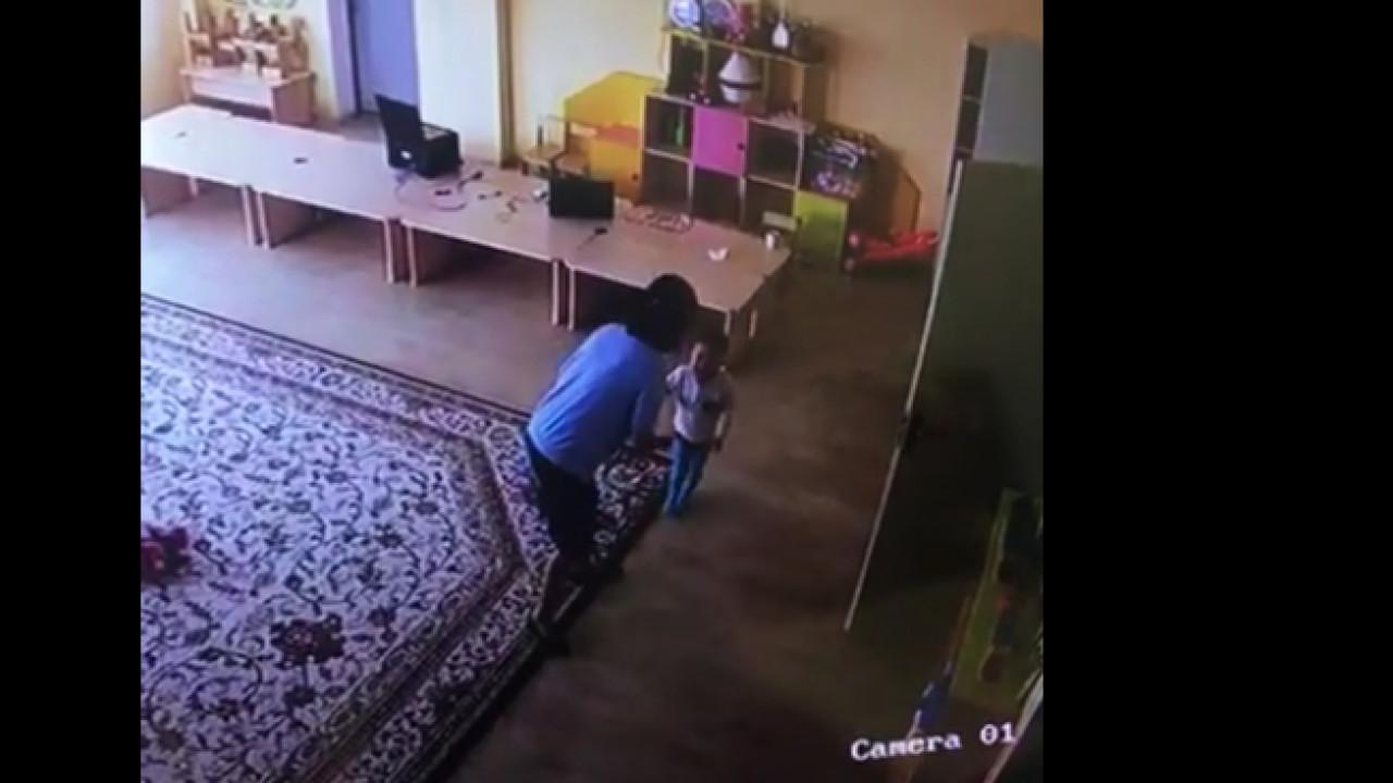 Воспитательница ясли-сада избивала детей в Алматы (ВИДЕО)