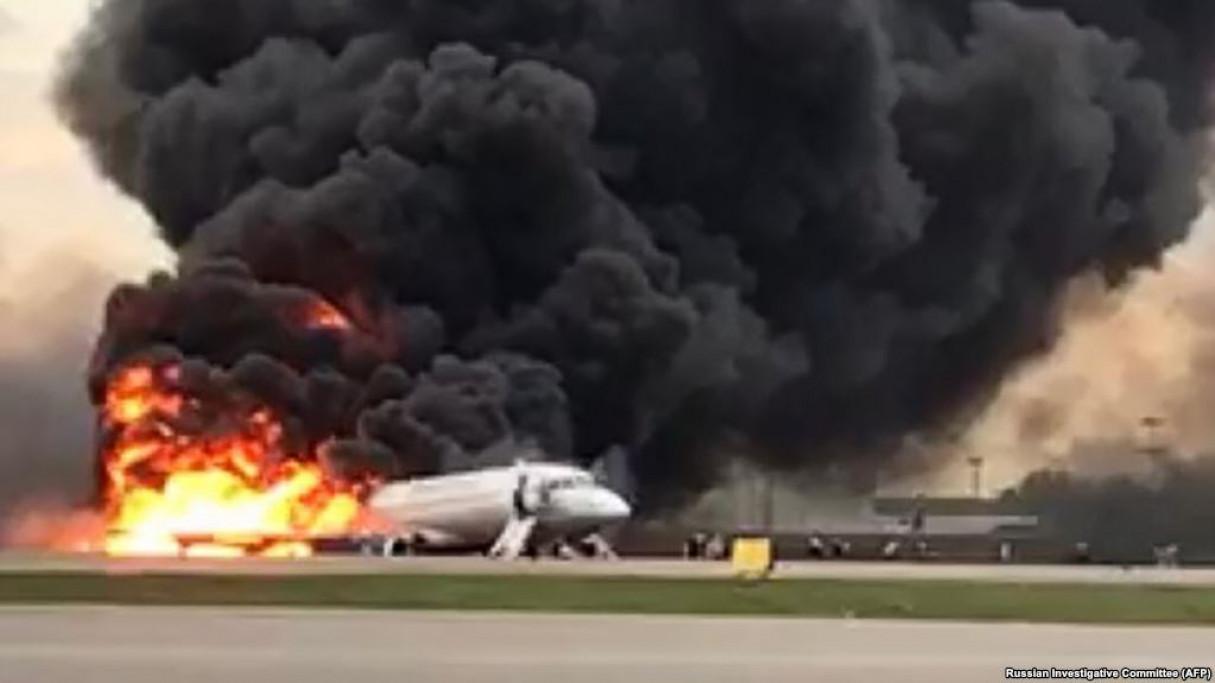Авиакатастрофа в Шереметьево: 41 человек погиб (видео)
