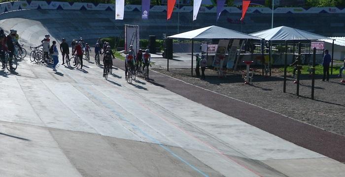 Велотрек, не работавший 30 лет, отремонтировали в Алматы