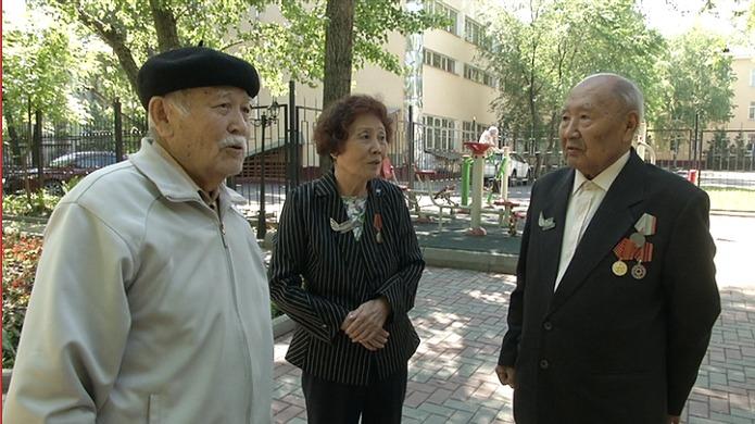 Вторая молодость: как ветераны Алматы проводят время в центре долголетия