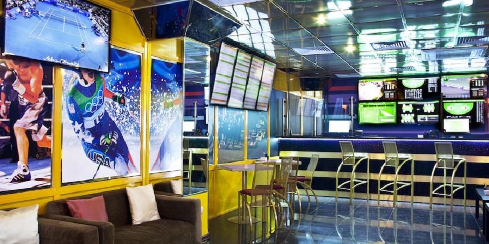 Житель Актобе проиграл в букмекерской конторе 16 млн тенге