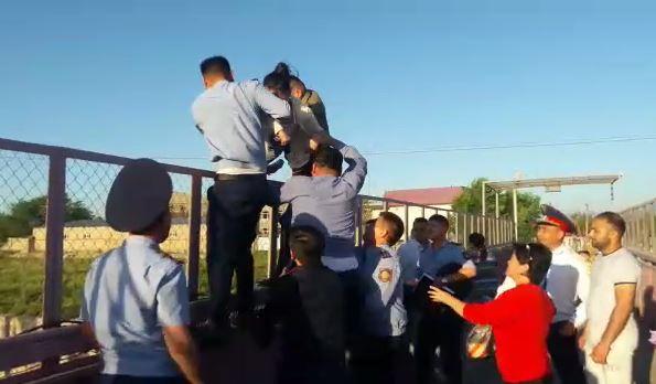 Женщина хотела покончить с собой в Туркестанской области – полицейские спасли