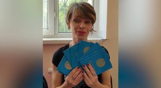 Многодетной матери, уроженке Украины помогут с оформлением гражданства РК