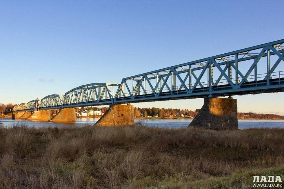 В Жанаозене украли 12-тонный мост