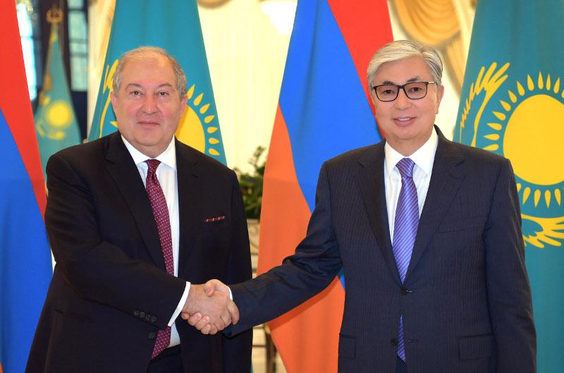 Касым-Жомарт Токаев встретился с президентом Армении