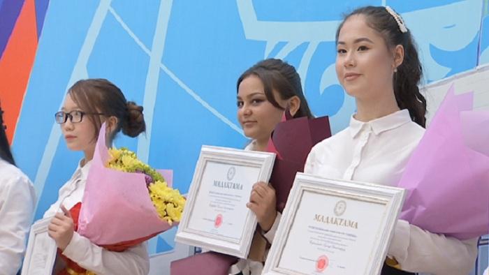 Мечта - стать учителем: в Алматы определили победителей в детском конкурсе