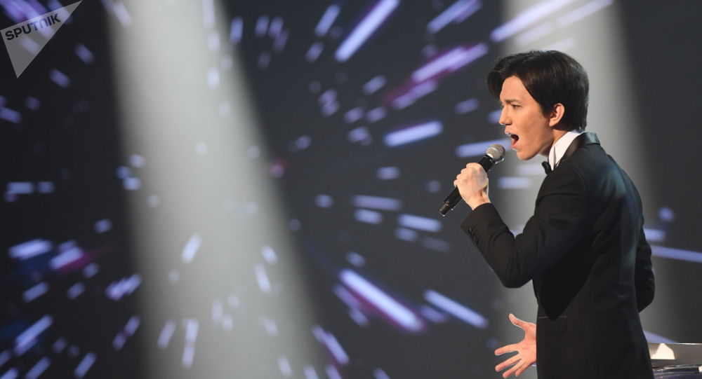 Выход первого альбома анонсировал Димаш Кудайберген