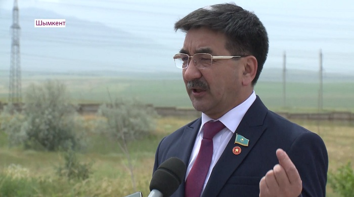 Необходимо больше строить заводов – кандидат Ахметбеков
