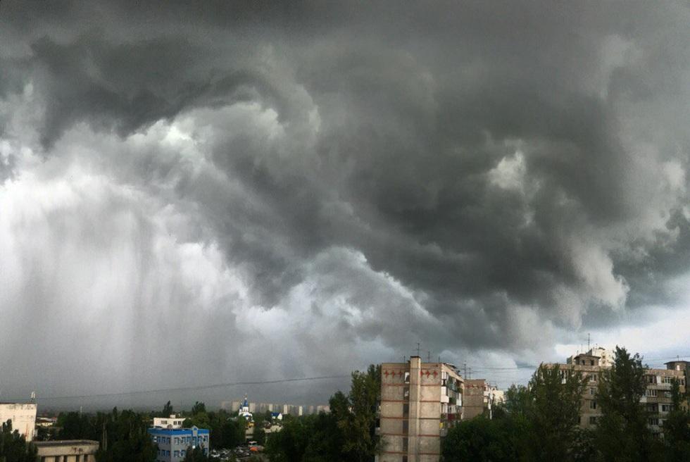 Град, гроза и сильный ветер: погода в Казахстане на 31 мая