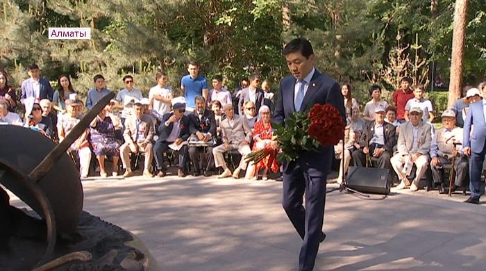 В Алматы почтили память жертв голодомора 1931-1933 годов