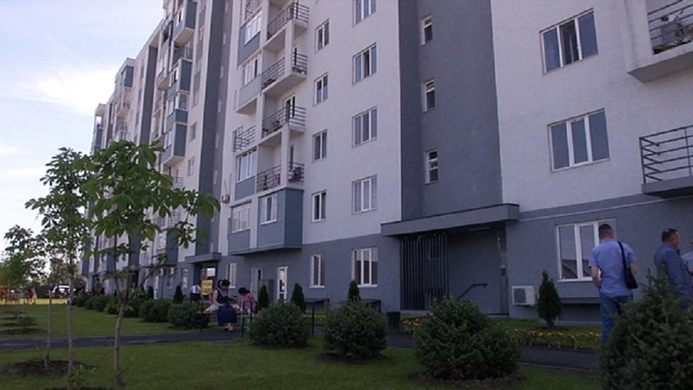 """""""Бақытты отбасы"""": более 50 многодетных семей получили квартиры в Алматы"""