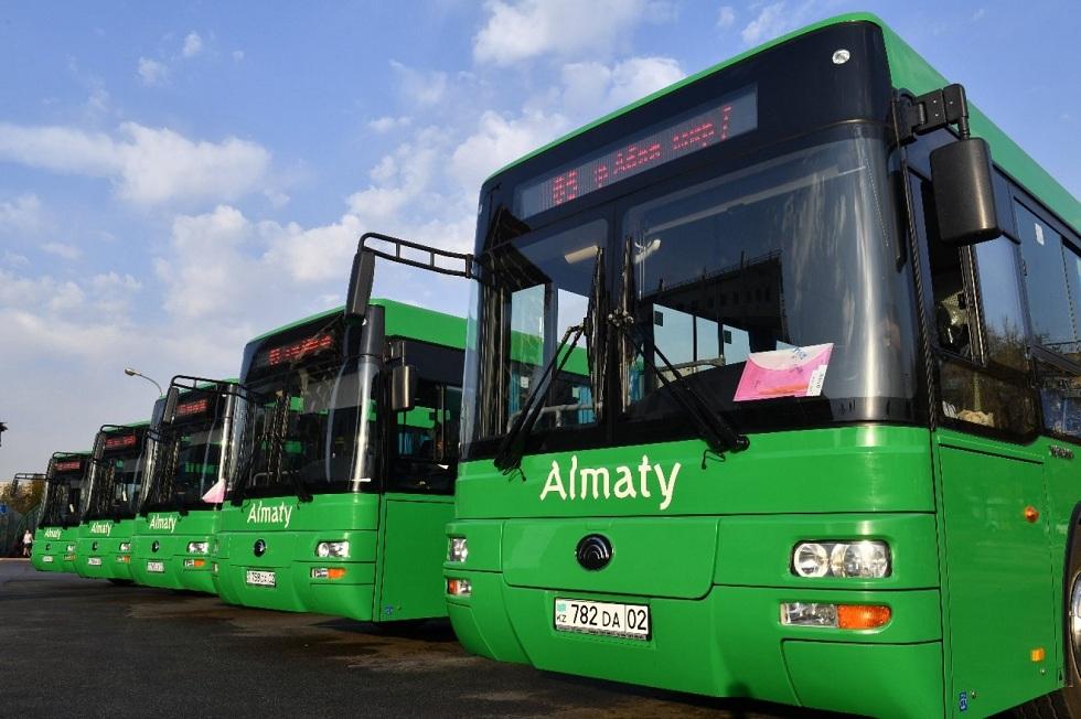 По новым правилам: автобусы на маршрутах снизят скорость в Казахстане