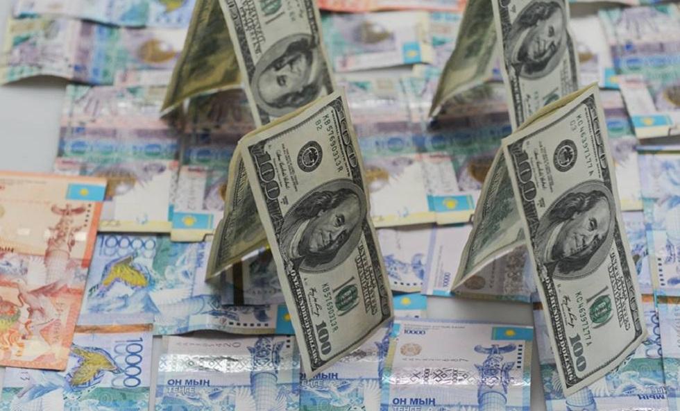 Почему дорожает доллар в Казахстане - мнение экономистов