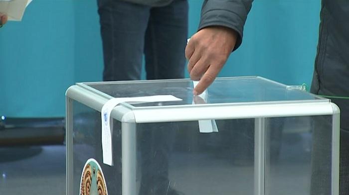 Более миллиона избирателей уже отдали свои голоса на внеочередных выборах Президента