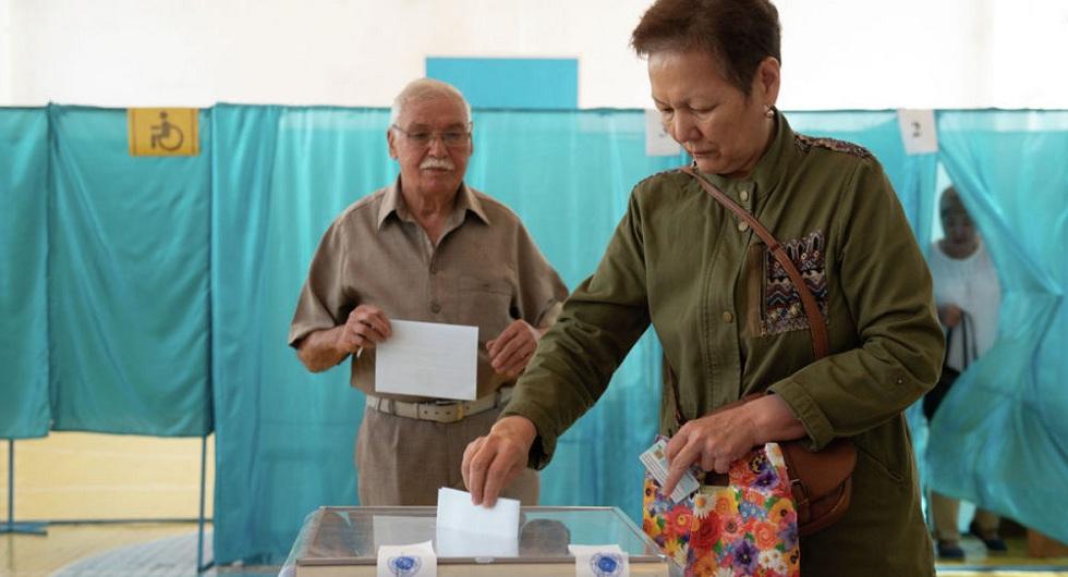 Выборы 2019: явка избирателей в Казахстане на 12:00 составила 35,1%