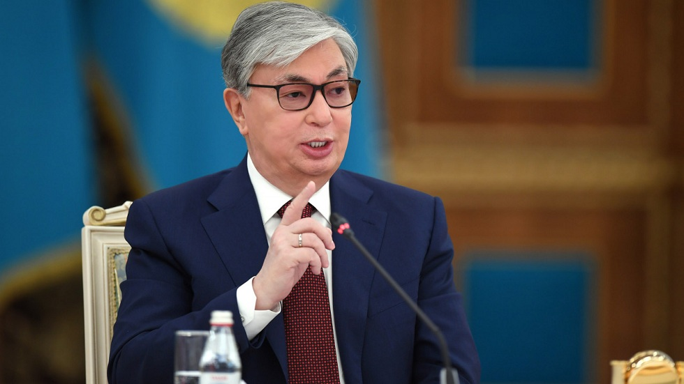 Правительство в отставку после выборов не уйдет - Токаев